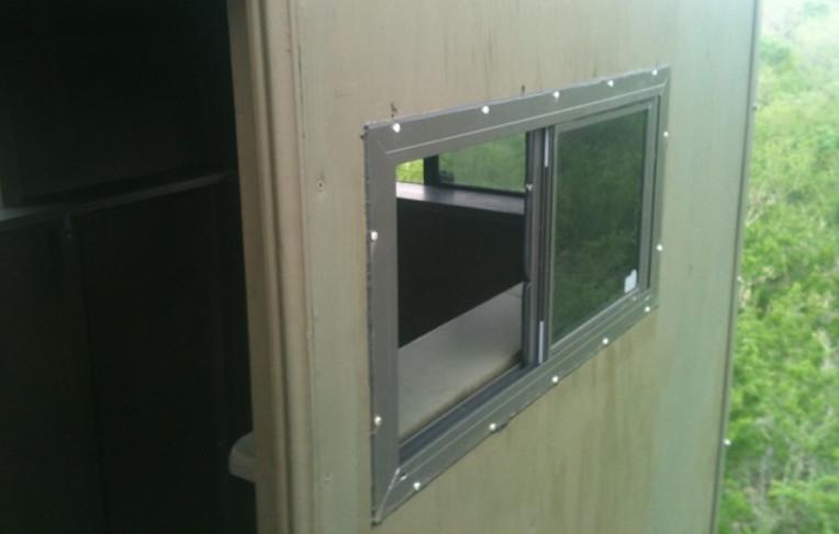 Aluminum Sliding Windows for Deer
