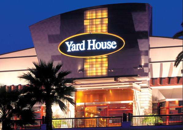 Yard House Fresno CA