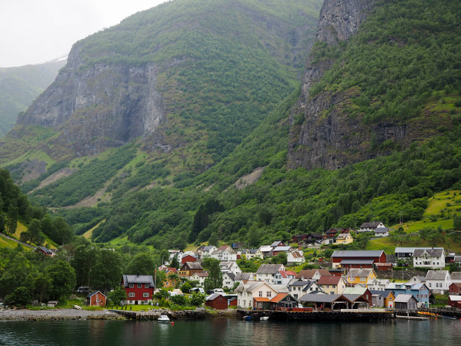 Norway in a Nutshell Rick Steves Travel Book