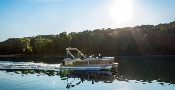 Lake Hartwell Boat Rental